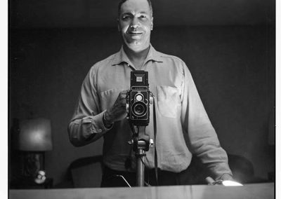 Al Smith taking a self portrait, Seattle, circa 1953